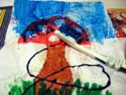Higított kék festékkel kend át a képet